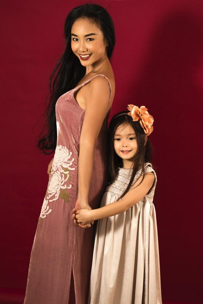 Công chúa lai nhà Đoan Trang xinh đẹp hút hồn qua ống kính cậu ruột - Ảnh 15.