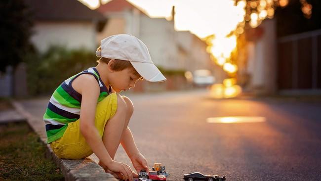 Muốn biết sau này lớn lên tính cách của con sẽ như thế nào, bố mẹ chỉ cần xem con 5 tuổi có những đặc điểm này hay không - Ảnh 1.