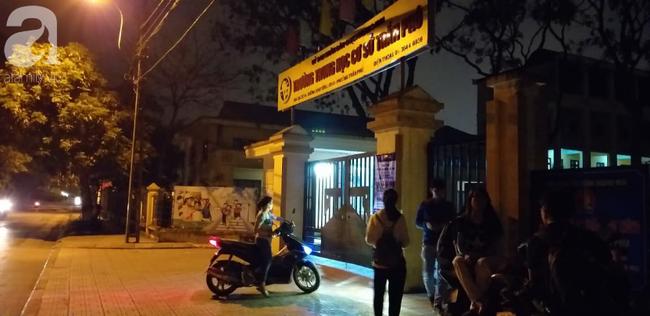 Vụ thầy giáo nghi dâm ô 7 học sinh nam ở Hà Nội: Bộ GD&ĐT kiên quyết đưa ra khỏi ngành nếu có sai phạm - Ảnh 1.