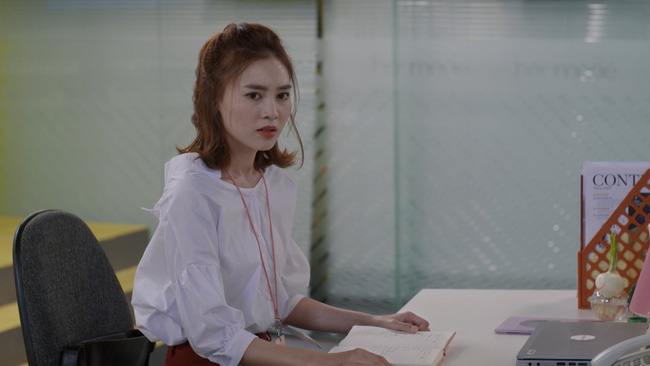 Cuối cùng thì cô nàng mặt dày Chi Pu cũng đã từ bỏ chuyện giật bồ bạn thân - Ảnh 1.