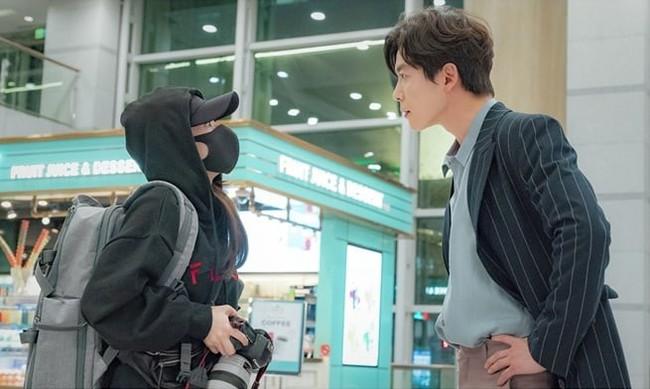 3 lý do khán giả không nên bỏ lỡ Her private life của Park Min Young và Kim Jae Wook - Ảnh 2.