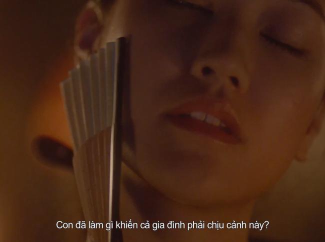 Sốc với cảnh nóng húp lòng đỏ trứng gà trên... bụng nữ diễn viên trong phim của Maya nói về phụ nữ Việt thời xưa - Ảnh 3.