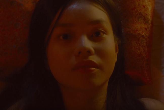 Sốc với cảnh nóng húp lòng đỏ trứng gà trên... bụng nữ diễn viên trong phim của Maya nói về phụ nữ Việt thời xưa - Ảnh 2.