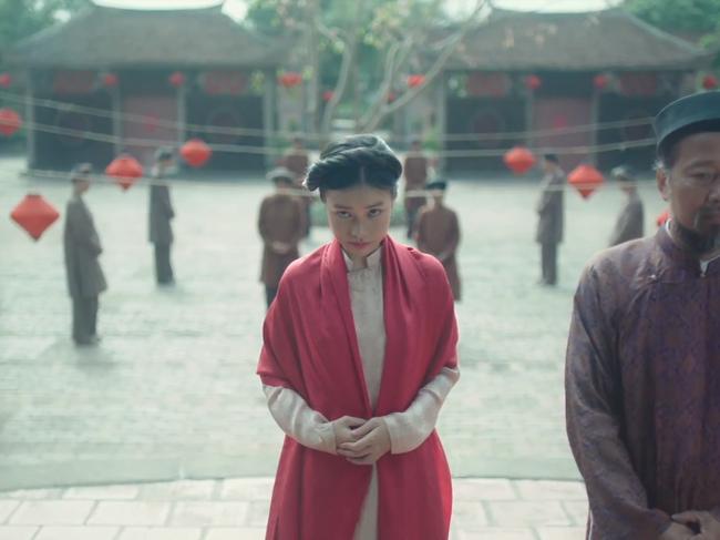 Sốc với cảnh nóng húp lòng đỏ trứng gà trên... bụng nữ diễn viên trong phim của Maya nói về phụ nữ Việt thời xưa - Ảnh 8.