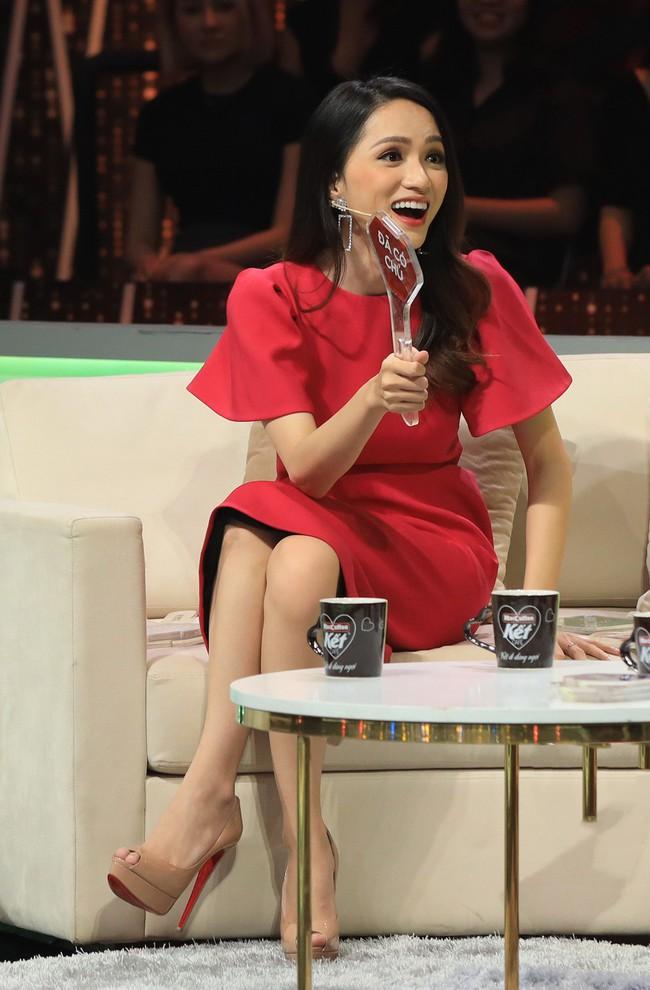Hương Giang công khai móc mỉa chàng giám đốc Việt kiều ở Người ấy là ai?: Anh muốn tìm điều đặc biệt là em, em cái gì? - Ảnh 4.