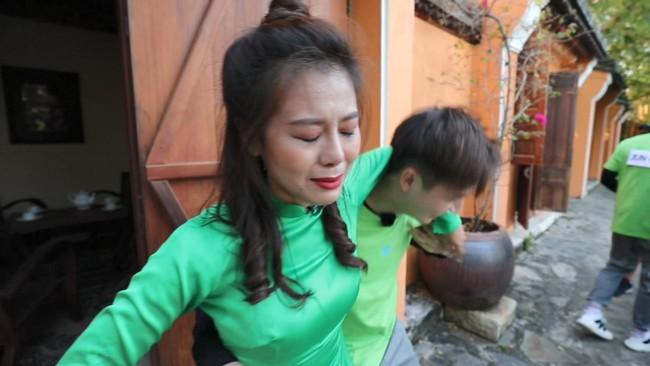 Khát máu ở Running Man, Trấn Thành bị Jun Phạm - Liên Bỉnh Phát chơi dơ hội đồng xé bảng tên - Ảnh 6.