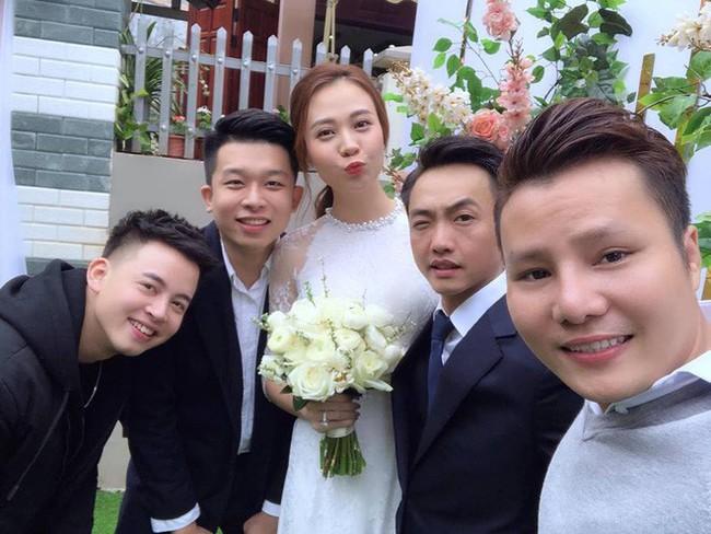 Hết khoe ảnh cưới, Đàm Thu Trang cùng Cường Đô La lại đưa nhau đi trốn cực lãng mạn ngày nghỉ lễ - Ảnh 2.