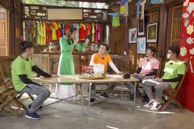 Khát máu ở Running Man, Trấn Thành bị Jun Phạm - Liên Bỉnh Phát chơi dơ hội đồng xé bảng tên - Ảnh 5.