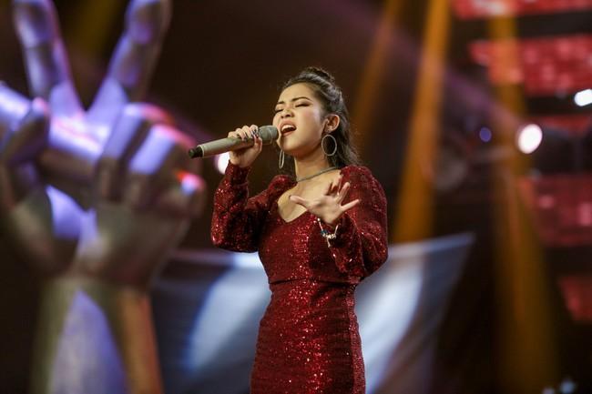 """The Voice 2019 mở màn: Thanh Hà bị Tuấn Ngọc gọi là gà mái, bất ngờ với chiếc ghế """"không giống ai"""" của Hồ Hoài Anh - Ảnh 18."""