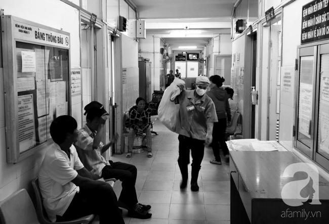 Sốc: Vừa có kỳ kinh nguyệt đầu tiên, bé gái 14 tuổi ở Bình Dương đã phát hiện ung thư tử cung thời kỳ cuối - Ảnh 3.