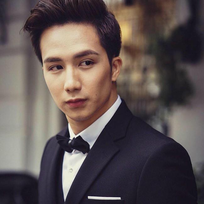 Chia tay Sĩ Thanh, bác sĩ đẹp trai bị chỉ trích vì miệt mài tìm vợ, hết Người ấy là ai lại đến show hẹn hò gây sốc nhất Việt Nam  - Ảnh 3.