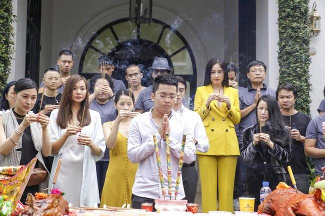 Dân mạng sốc nặng với phim mới Chi Pu đóng chung với Thanh Hằng, không hiểu sao lại có cả... Mai Phương Thúy - Ảnh 2.