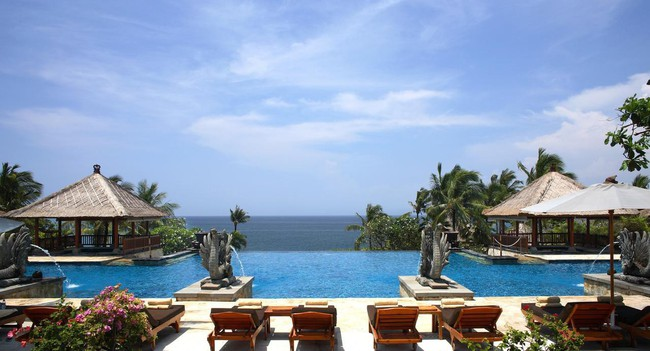Top bể bơi vô cực đẹp nhất châu Á: Một khách sạn ở Cam Ranh được vinh danh, không thua kém đại diện từ Bali hay Maldives - Ảnh 3.