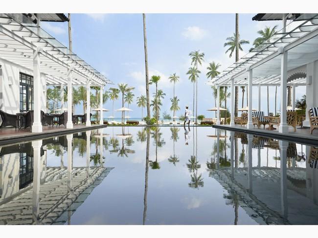 Top bể bơi vô cực đẹp nhất châu Á: Một khách sạn ở Cam Ranh được vinh danh, không thua kém đại diện từ Bali hay Maldives - Ảnh 8.