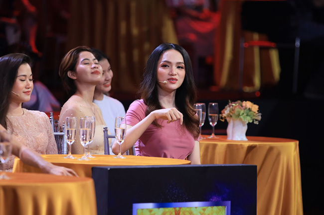 Hoa hậu Hương Giang gục ngã, xin được ở tù chung thân vì soái ca Bộ Công an  - Ảnh 6.