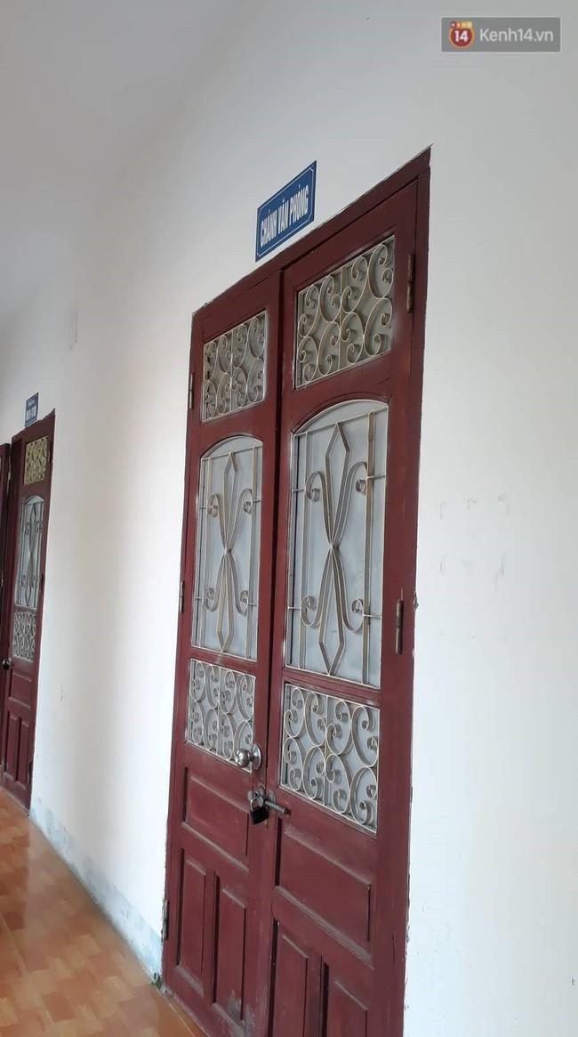 Sở GD&ĐT tỉnh Sơn La bỗng neo lãnh đạo sau vụ gian lận điểm thi, nhiều phòng ban cửa đóng then cài - Ảnh 5.