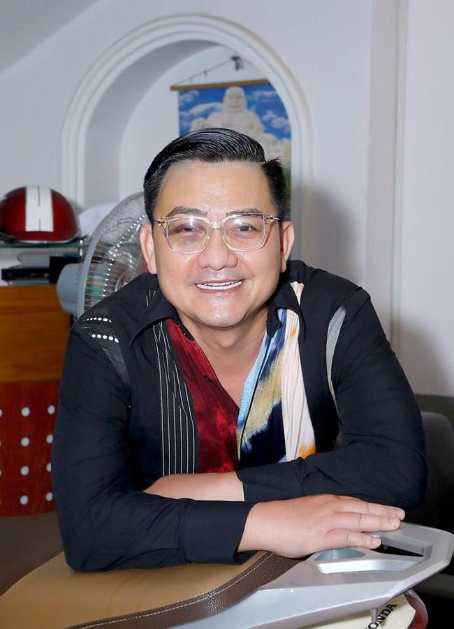 Bệnh ung thư đã hành hạ nghệ sĩ hài Anh Vũ suốt 19 năm: Làm sao để phát hiện bệnh ung thư đại tràng sớm? - Ảnh 1.