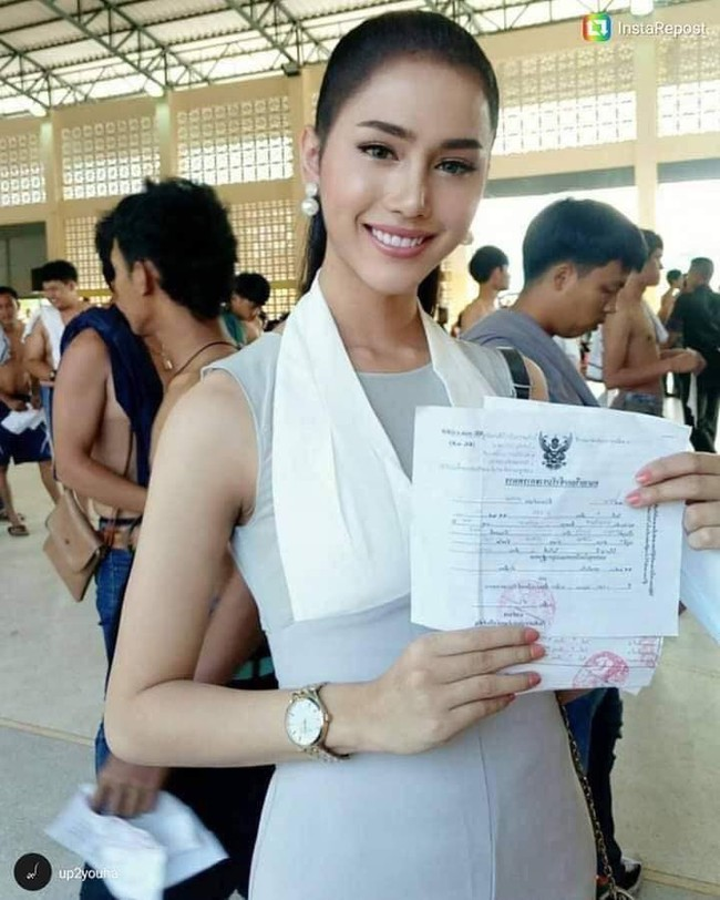 Những người đẹp chuyển giới ở kì khám nghĩa vụ quân sự Thái Lan: Đến con gái còn phải trầm trồ! - Ảnh 2.