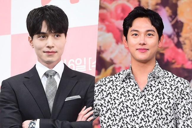 Sau lần kết đôi thất bại với Yoo In Na, Lee Dong Wook chuyển hướng đóng sát nhân biến thái? - Ảnh 1.