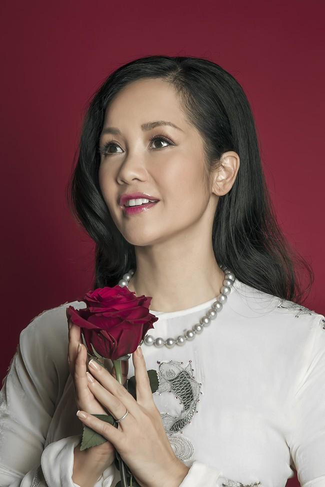 Đường hôn nhân của 4 Diva Việt: Người xấu lạ thì yên ổn với cuộc hôn nhân duy nhất, người hồng nhan thì lận đận truân chuyên để tuổi 50 vẫn cô đơn - Ảnh 7.