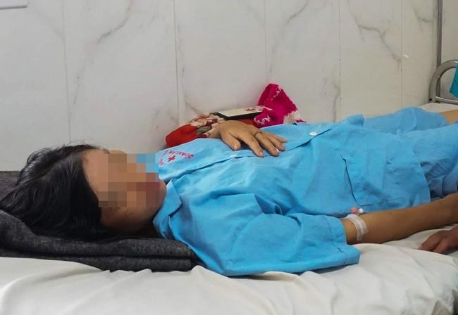 Đắk Lắk: Sinh con tại nhà, sản phụ 30 tuổi bị băng huyết nguy kịch, phải cắt bỏ tử cung - Ảnh 2.