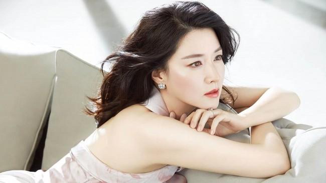 Ở tuổi 48, giai nhân Lee Young Ae vẫn sở hữu dáng nuột eo thon nhờ những bí quyết này - Ảnh 6.