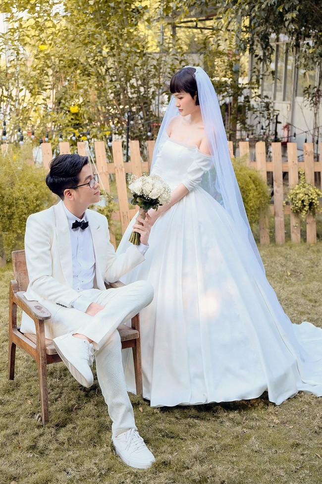 Hiền Hồ diện váy cưới xinh đẹp, trở thành cô dâu của Bùi Anh Tuấn - Ảnh 5.