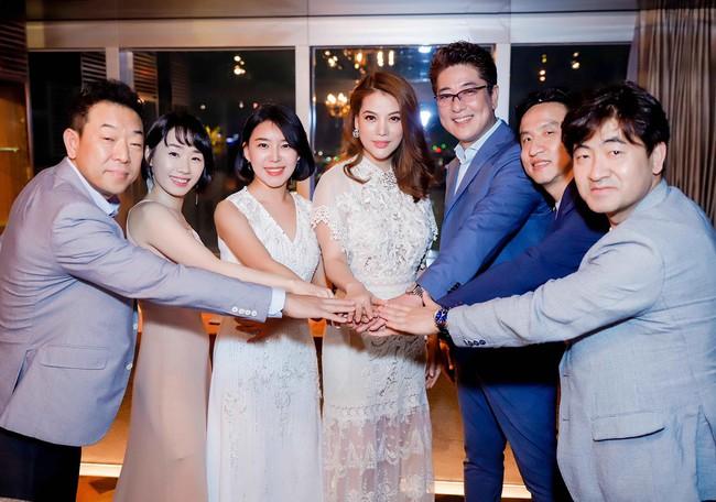Bị đồn sắp đám cưới lần 2, Trương Ngọc Ánh vẫn bình thản khoe nhan sắc của gái một con - Ảnh 6.