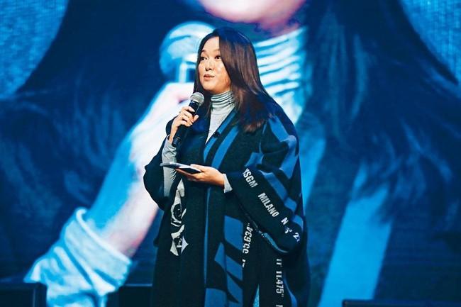 Lý San San: Hoa hậu tam nhất Hong Kong đột ngột mất tích với bệnh u não và câu trả lời vào 8 năm sau khiến mọi người bất ngờ - Ảnh 9.