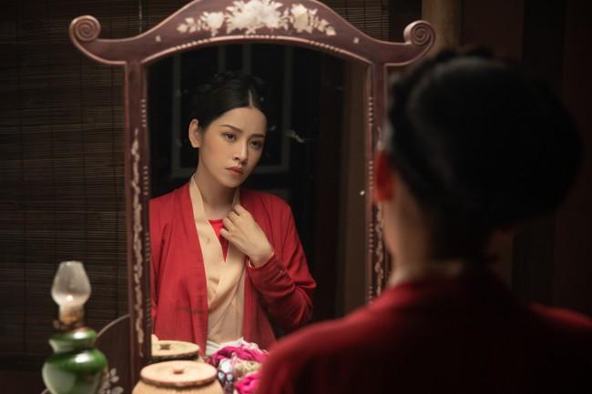 Chi Pu làm cô Cám đáng thương, fan bỗng dưng muốn cướp nhà vua khỏi tay chị Tấm để tặng Chi Pu  - Ảnh 3.