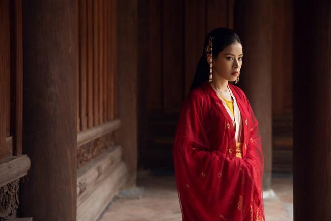 Chi Pu làm cô Cám đáng thương, fan bỗng dưng muốn cướp nhà vua khỏi tay chị Tấm để tặng Chi Pu  - Ảnh 5.