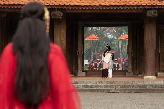 Chi Pu làm cô Cám đáng thương, fan bỗng dưng muốn cướp nhà vua khỏi tay chị Tấm để tặng Chi Pu  - Ảnh 9.