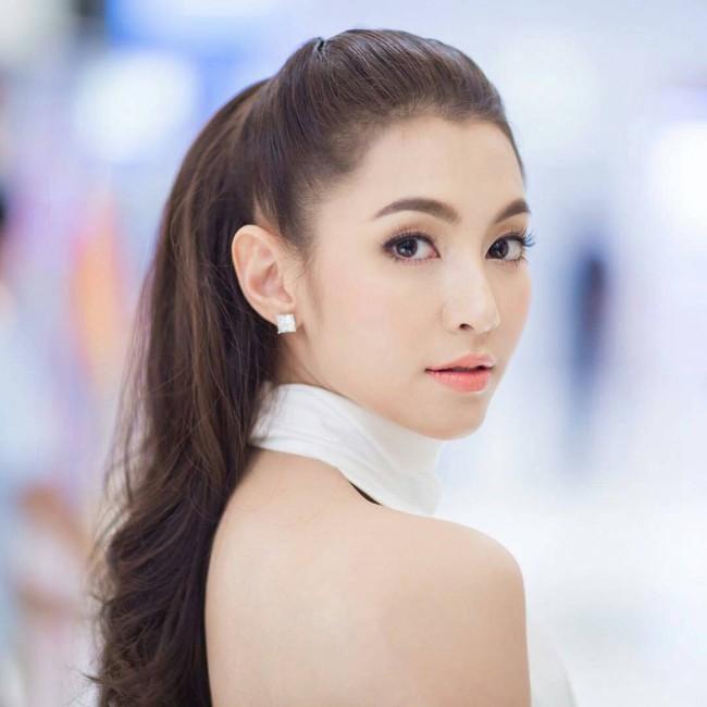 Dàn mỹ nhân, tiểu thư tài phiệt showbiz Thái du lịch Việt Nam: Biến TP.HCM, Đà Nẵng và các địa điểm đẹp như phim - Ảnh 10.