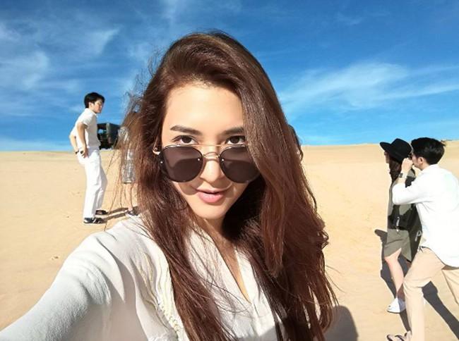 Dàn mỹ nhân, tiểu thư tài phiệt showbiz Thái du lịch Việt Nam: Biến TP.HCM, Đà Nẵng và các địa điểm đẹp như phim - Ảnh 23.