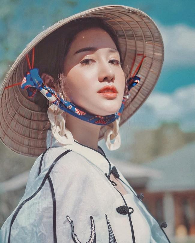 Dàn mỹ nhân, tiểu thư tài phiệt showbiz Thái du lịch Việt Nam: Biến TP.HCM, Đà Nẵng và các địa điểm đẹp như phim - Ảnh 30.
