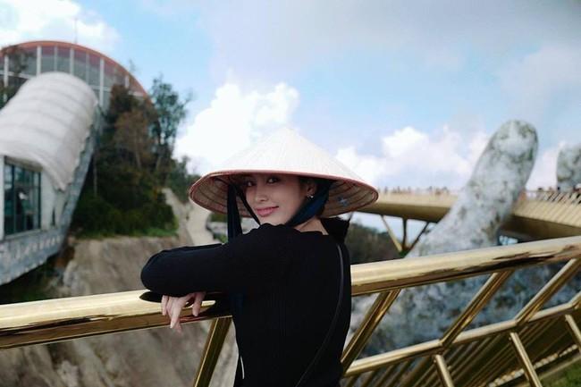 Dàn mỹ nhân, tiểu thư tài phiệt showbiz Thái du lịch Việt Nam: Biến TP.HCM, Đà Nẵng và các địa điểm đẹp như phim - Ảnh 42.