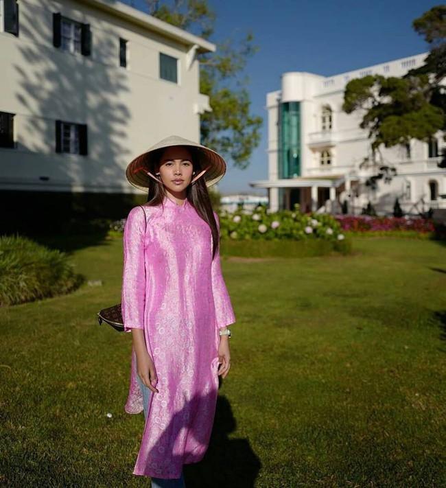 Dàn mỹ nhân, tiểu thư tài phiệt showbiz Thái du lịch Việt Nam: Biến TP.HCM, Đà Nẵng và các địa điểm đẹp như phim - Ảnh 9.