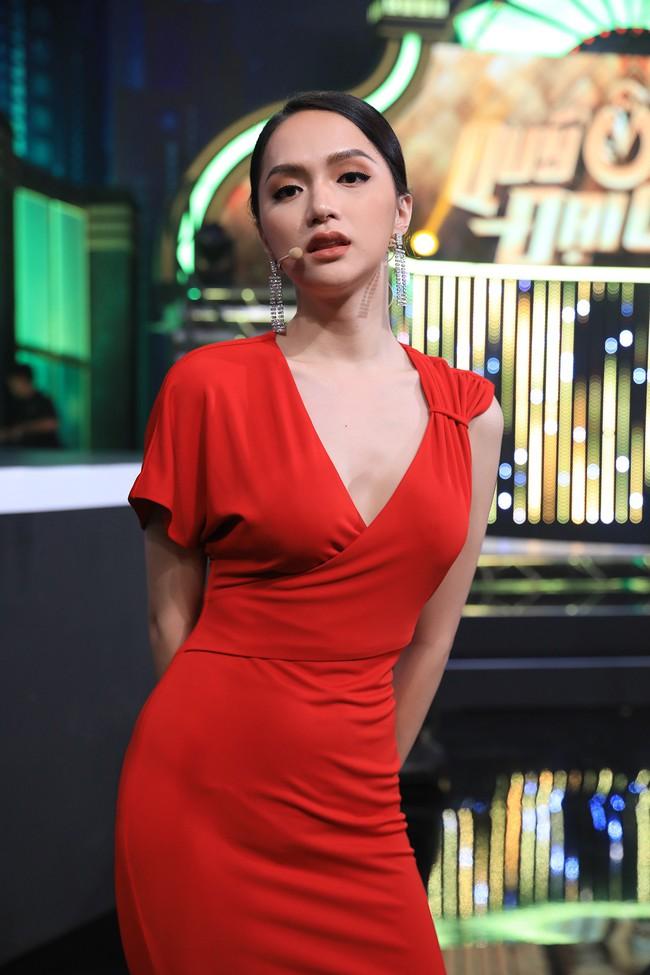 Hoa hậu Hương Giang: Tôi rung động, muốn hẹn hò với chàng trai nhỏ tuổi hơn  - Ảnh 9.