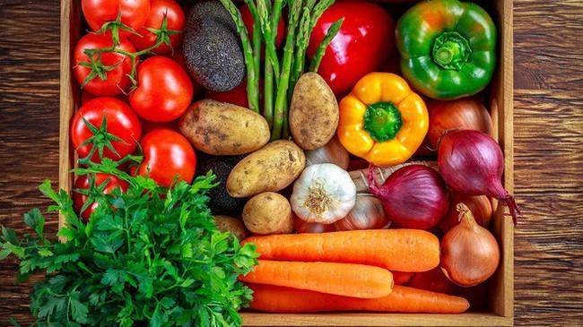 1/5 tổng số ca tử vong liên quan đến chế độ ăn: Đây mới là cách ăn đúng để tránh bệnh tật - Ảnh 2.
