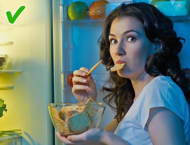 9 thực phẩm ăn đêm không gây tăng cân khiến ai cũng muốn chọn - Ảnh 3.