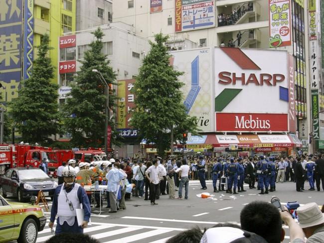Chùm ảnh: Những sự kiện đi vào lịch sử nước Nhật trong 30 năm dưới thời kỳ Bình Thành của Nhật hoàng Akihito - Ảnh 20.