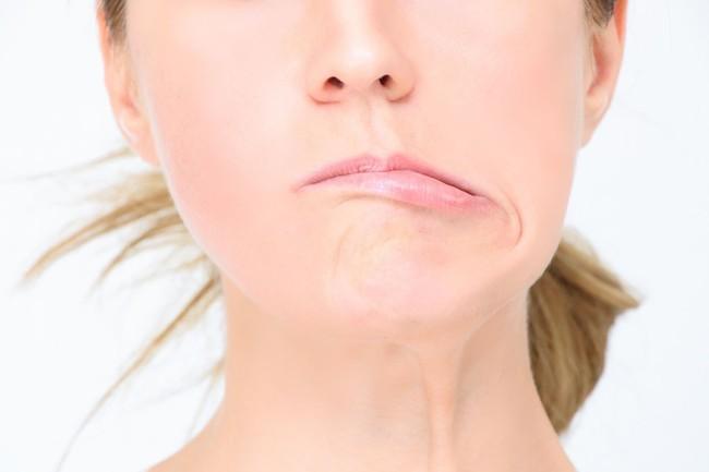 Lại thêm trường hợp liệt mặt, méo miệng chỉ vì thói quen nhiều người hay mắc phải trong ngày nắng nóng - Ảnh 3.