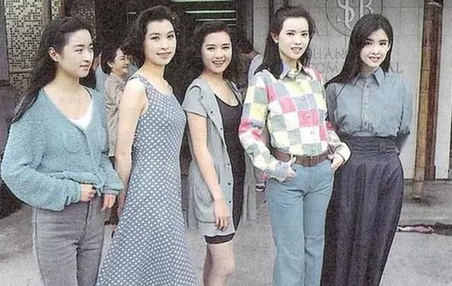 Nhìn lại nhan sắc của loạt đại mỹ nhân Cbiz gần 20 năm trước để hiểu rằng Dương Mịch, Địch Lệ Nhiệt Ba của hiện tại nhạt nhòa thế nào  - Ảnh 14.