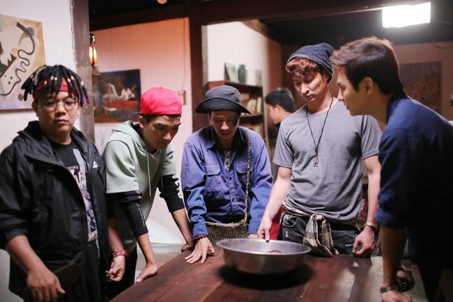 3 năm mới lại đóng phim, Lý Hải khiến fan sợ chết khiếp vì vai diễn gây ám ảnh nhất - Ảnh 7.