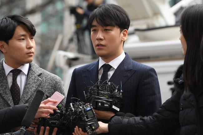 Tự nhận là nạn nhân của Burning Sun, Seungri lại bị tố dùng thủ đoạn tham ô quỹ club, số tiền lên đến con số hàng tỉ? - Ảnh 2.