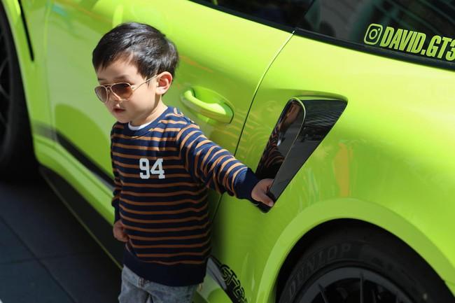 Mới 2 tuổi, con trai Đan Trường đã sở hữu thú vui xa xỉ của hội con nhà giàu - Ảnh 5.