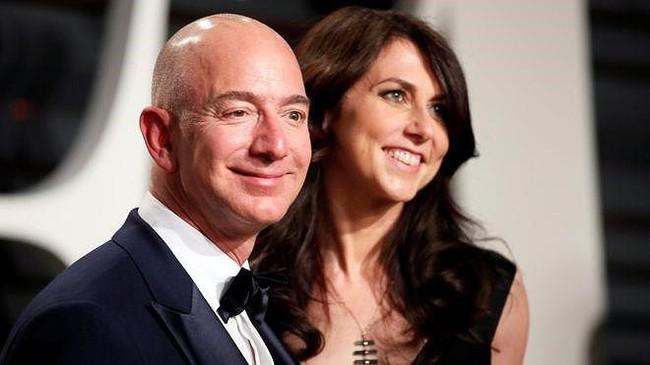 Sau ly hôn, vợ ông chủ Amazon thành phụ nữ giàu thứ 4 thế giới - Ảnh 1.