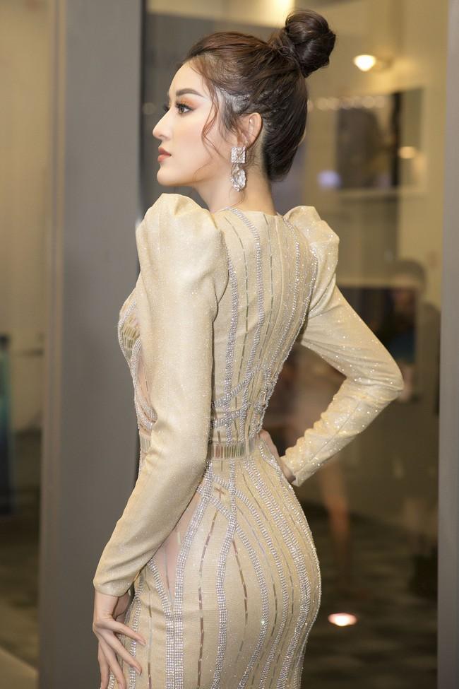 Á hậu Huyền My xinh đẹp khi đụng váy với Hoa hậu Siêu quốc gia - Ảnh 3.