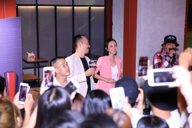 Dù đã xin khán giả đừng quay lén, Chị 13 của Thu Trang vẫn bị tuồn lên YouTube để câu view  - Ảnh 3.
