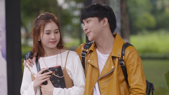 Bị mắng vô học, Huỳnh Anh đáp lễ bằng việc tiết lộ sốc về phim của Chi Pu - Lan Ngọc - Ảnh 2.